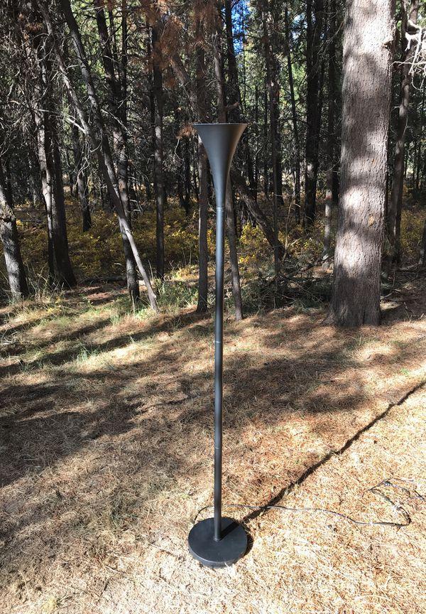 6' corner lamp