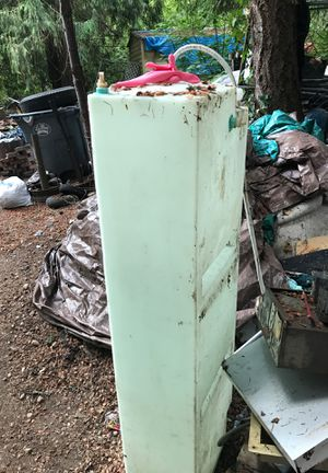 Clean Water tank for Camper for Sale in Roy, WA