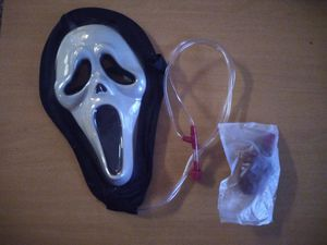 Never used scream mask with blood effect for Sale in Spring, TX