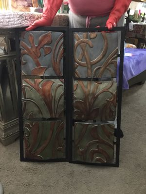 Set of two decorative wall art for Sale in Gulfport, MS