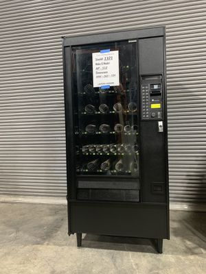 Automatic Product 112 Snack Vending Machine for Sale in Detroit, MI