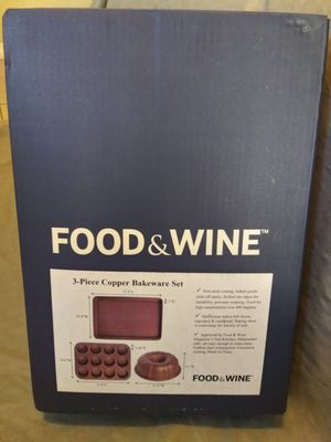 Food and wine bakeware set for Sale in Bradenton, FL