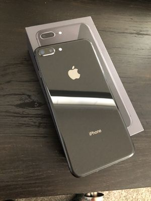 iPhone 8 Plus for Sale in Sioux Falls, SD