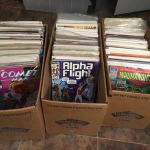 350 COMICS for Sale in Philadelphia, PA