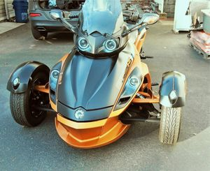 🎁📗$900 One owner Can-Am very clean🎁📗 for Sale in Kansas City, KS