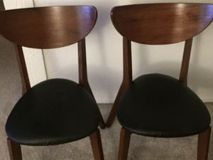 chair 2/$25,00 for Sale in Costa Mesa, CA