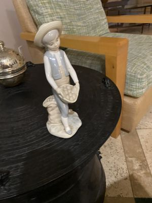 LLadro Porcelain Farm Boy Carrying Potato's Figurine for Sale in Phoenix, AZ