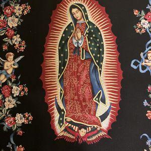 """Mantelito De La Virgen De Guadalupe - Mide Aproximadamente 13"""" por 41"""" En Tela De Algodón for Sale in Chicago, IL"""