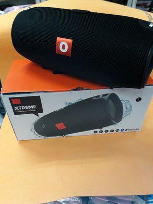 Bluetooth speaker FM radio for Sale in Miami, FL