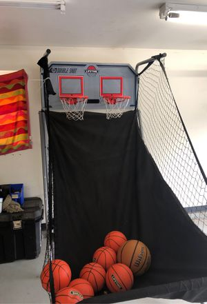 Lifetime basketball hoop for Sale in Covington, WA