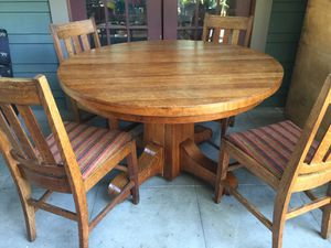 Antique Oak Craftsman Mission Arts and Crafts Style Round Dining Table and Four Chair Set for Sale in Los Angeles, CA