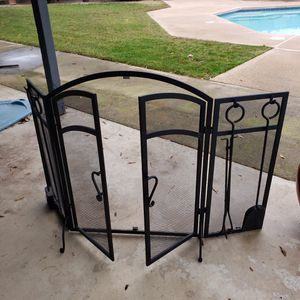 Fireplace Screen for Sale in Madera, CA