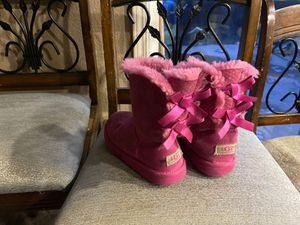 Girls UGG boots used but still great condition for Sale in Vallejo, CA