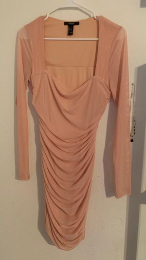 Pink ruffled dress for Sale in Martinez, CA