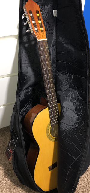 Lucero LC-100 Guitar for Sale in Silver Spring, MD