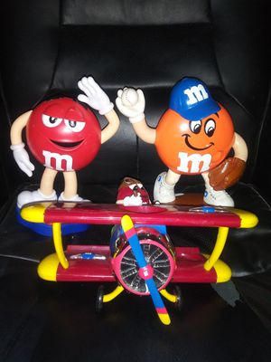 M&M Collectibles Dispensers and Mug Set for Sale in Pulaski, TN