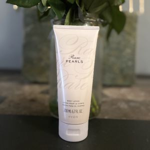 Avon Rare Pearls Fragranced Silk Body Lotion for Sale in Kennedale, TX