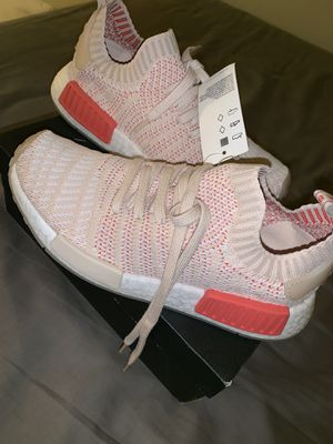 Women Adidas 👟👟👟👟 for Sale in New York, NY