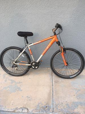 TREK mountain bike, medium frame, front suspension. Excellent condition. for Sale in Tijuana, MX