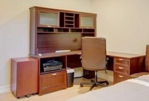 FREE FREE!!! L shaped Home Office for Sale in Parkland, FL