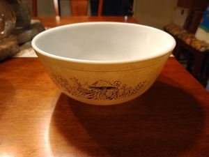 Vintage Pyrex Forest Fancies mushroom mixing bowl for Sale in San Antonio, TX