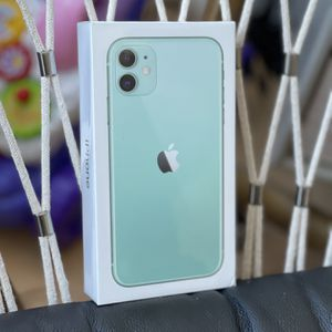 Apple iPhone 11 Unlocked 128gb for Sale in Brooklyn, NY