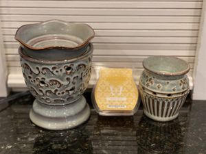Scentsy Charlemagne plug-in and Milano full size Warmer plus wax. for Sale in Tigard, OR