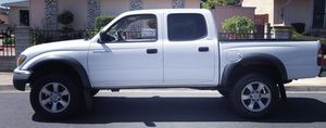SPORTY TRUCK HIGH CLASS CAR TOYOTA TACOMA 2003 for Sale in Portsmouth, VA
