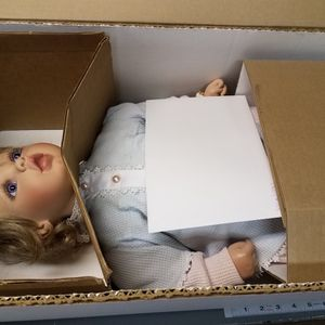 Virginia Turner Collectible Dolls $25 To $100 Each Or $500 On Entire Collection for Sale in Lake Oswego, OR