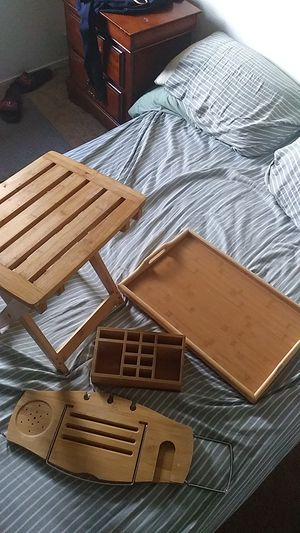 4pc .bath book and drink holder.breakfast tray.stool.pen or make up holder for Sale in Bakersfield, CA