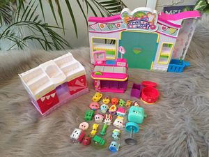 Shopkins Small Mart Playset + Shopkins for Sale in Indian Shores, FL