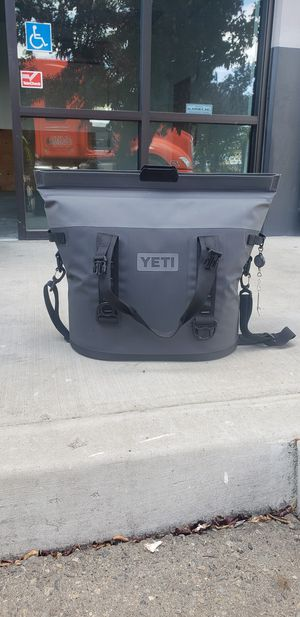 Yeti hopper m30 for Sale in Fresno, CA