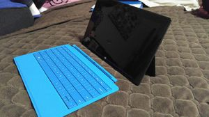 Microsoft Surface W/ Detachable keyboard for Sale in Houston, TX