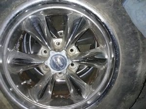 6 bolt 18 inch Chevy rims for Sale in Pittsburgh, PA