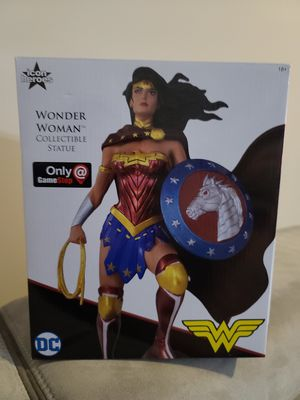 Wonder Woman DC Collectible Statue No.3284 for Sale in Stafford, VA