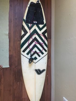 Surfboard 5.8' feet for Sale in San Diego, CA