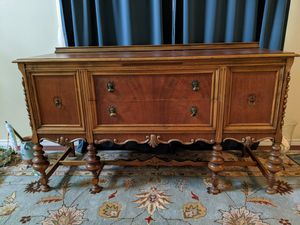 Antique sideboard Great condition. for Sale in Lacey, WA