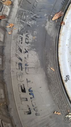 Lt285/75r16 ford truck tires and stock wheels for Sale in Portland,  OR