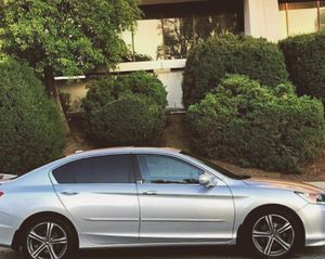 Nothing/Wrong 2O13 Honda Accord FWDWheelsss for Sale in Boston, MA