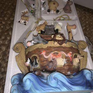 "Noah's Ark Ornament Tree Member's Mark 24""w/ Original Box, Mint Condition for Sale in Surprise, AZ"