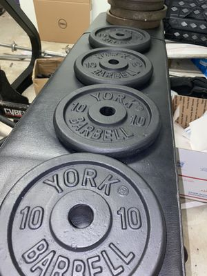 York Barbell Standard Weight Plates 10lb and 5lb 1inch for Sale in Pawtucket, RI