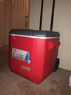 Coleman C Tec 45 Quart Cooler with wheels for Sale in Atlanta, GA
