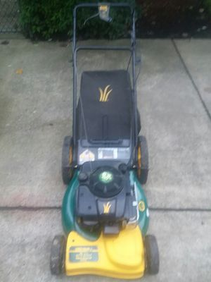 Lawn mower 21. 6_5 hb for Sale in Portland, OR