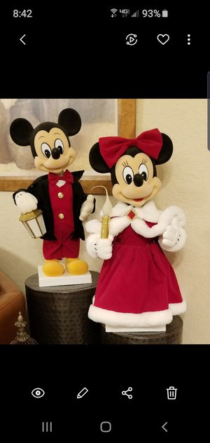 Christmas Mickey and Minnie for Sale in Pembroke Park, FL