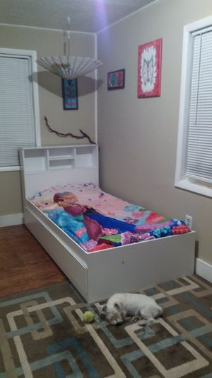 Twin size bed for Sale in Wauchula, FL
