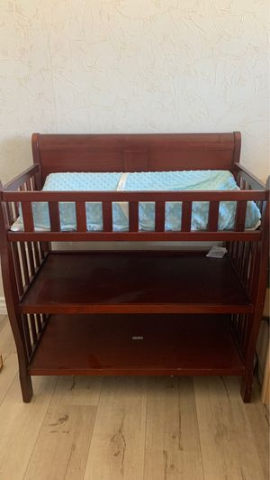 Beautiful kids changing Table!!! for Sale in Victorville, CA