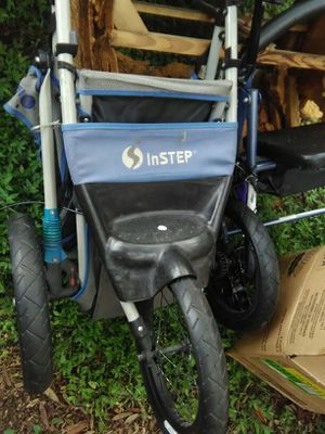 Jogging stroller for Sale in Tampa, FL