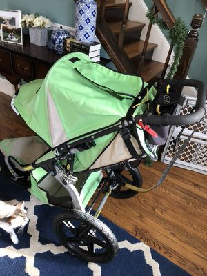 BOB Revolution Flex stroller for Sale in Alexandria, VA