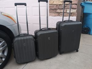 Plastic suitcase in good condition everything works very well. for Sale in Phoenix, AZ