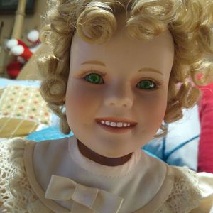 Beautiful Shirley Temple Porcelain Doll With Green Eyes From Franklin Mint for Sale in Deltona, FL